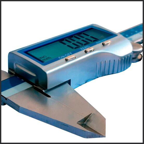 Calibre Digital con Carcasa Metálica